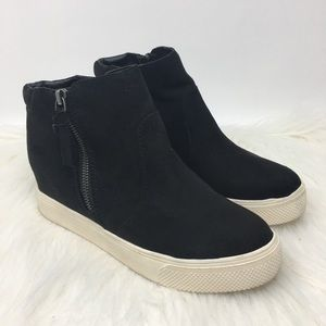 Universal Thread Cindy black wedge sneaker